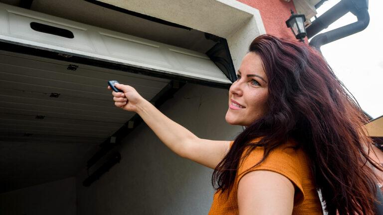24 Hour Garage Door Repair Service Calgary